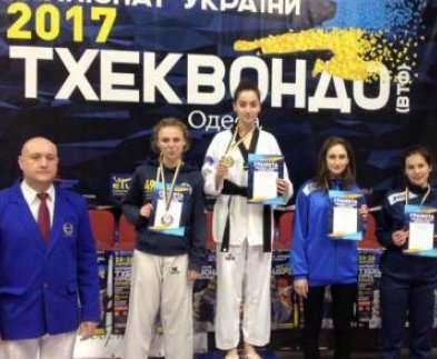 Харьковские тхэквондисты победили на молодежном чемпионате Украины