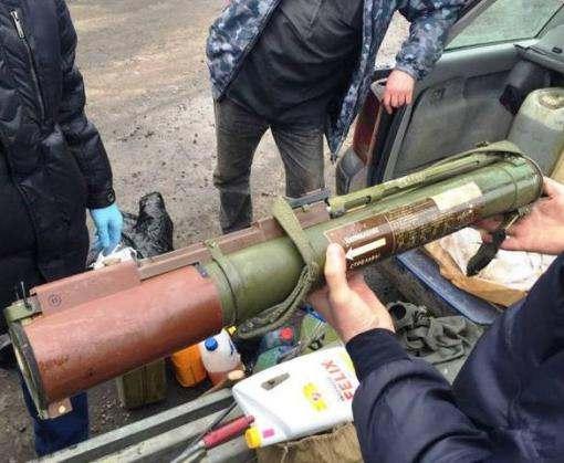 Под Харьковом задержали автомобиль с гранатометом