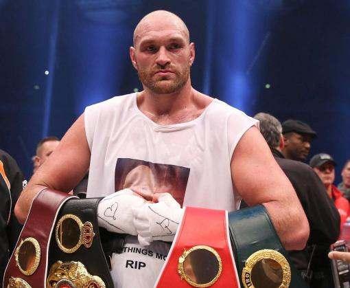 Тайсон Фьюри заявил о возвращении в большой бокс