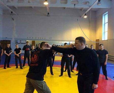 Харьковских полицейских учили чешской борьбе