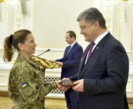 Президент наградил выдающихся украинок