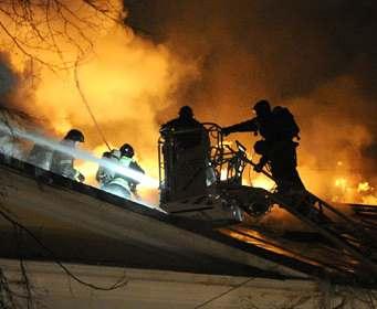 В Харькове горела квартира в многоэтажке