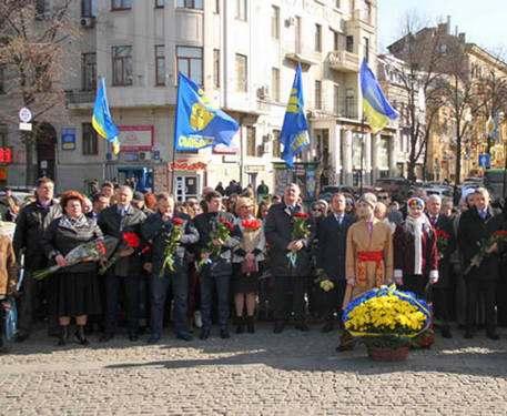 В Харькове отмечают день рождения Тараса Шевченко