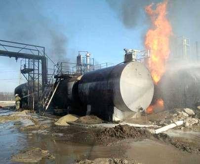 Под Харьковом крупный пожар: горят цистерны