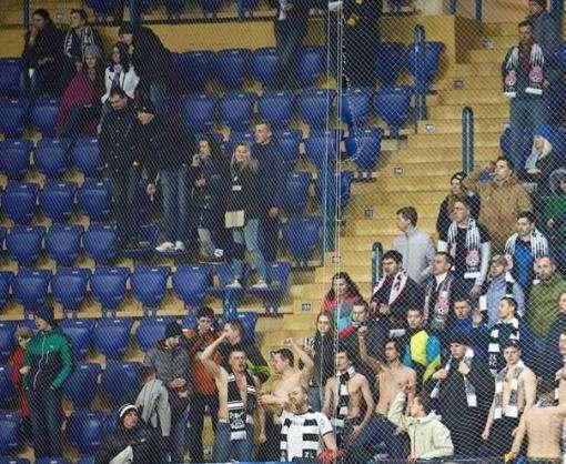Донбасское дерби в Харькове: со стадионов исчезают болельщики