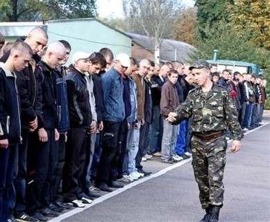 Сколько срочников уйдет служить из Харьковской области: планы военных
