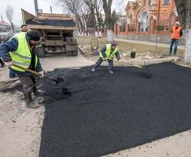 «Харьковводоканал» ликвидирует последствия разрытий