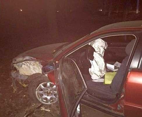 Погоня в Харькове: пьяный водитель врезался в дерево