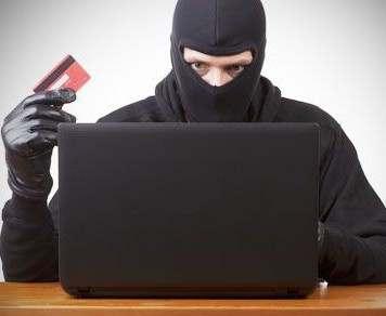 Мошенники вымогают деньги с помощью вируса