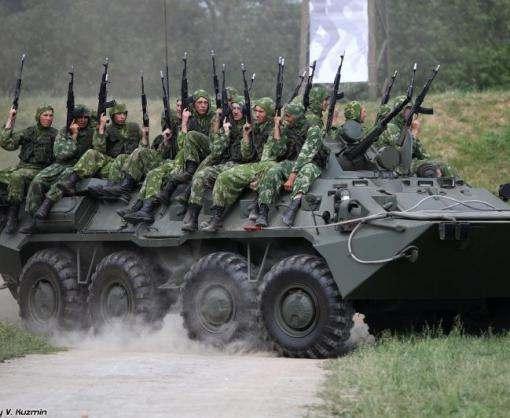 В Крыму российские военные проводят учения