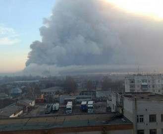 Пожар на складах боеприпасов в Балаклее: радиус эвакуации увеличен до 10 км