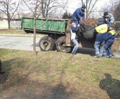 В Харькове прошли субботники