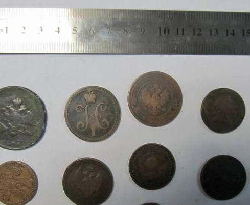 На Гоптовке выявили контрабанду старинных монет