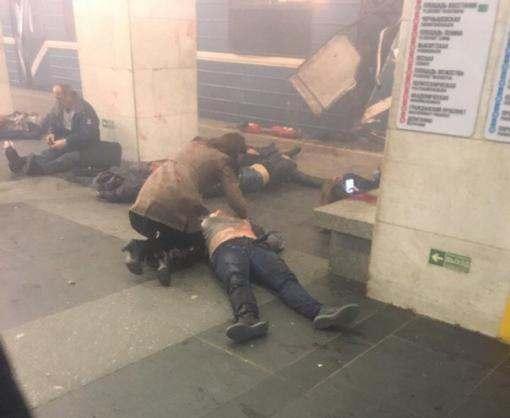 В метро Санкт-Петербурга прогремел взрыв: видео