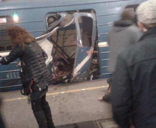 В Санкт-Петербурге снова закрыто метро: ищут бомбу