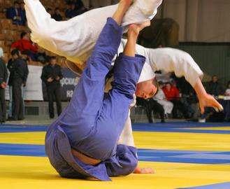 Динамовцы привезли из Греции две медали
