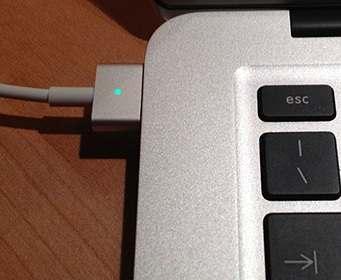 Apple вернет MagSafe в ноутбуки