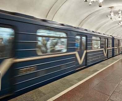 На Пасху харьковское метро будет работать круглосуточно
