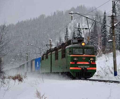 Под Харьковом остановились электрички