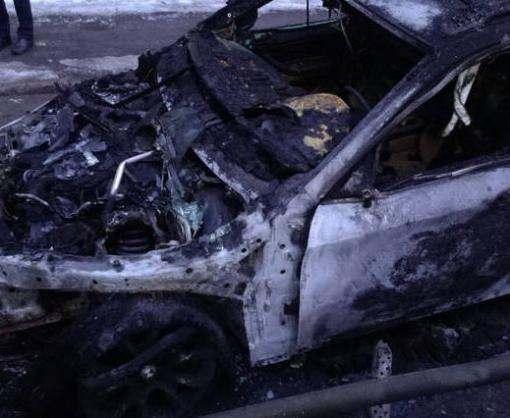 Пожар в Харькове: на Новгородской сгорел внедорожник