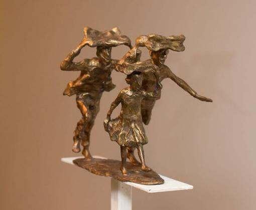 На выставке ожили бронзовые скульптуры