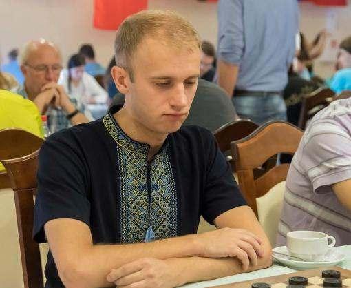 Сборная Украины выиграла «золото» на чемпионате мира по шашкам-100 в блице