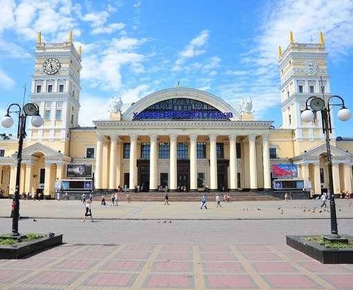 Майский Харьков удивляет: вечеринки, фестивали, театральные премьеры, бесконечные концерты ®