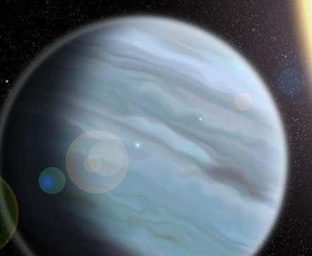 Ученые открыли гигантскую планету из «пенопласта»