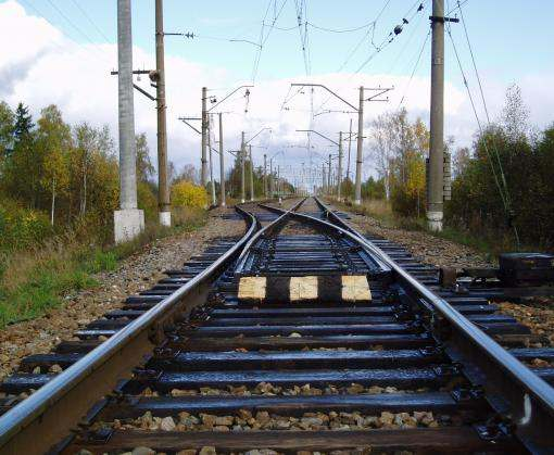 Под Харьковом электричка сбила человека