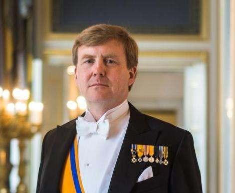 Король Нидерландов тайно работает пилотом пассажирского самолета