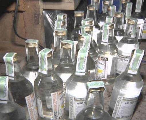В подпольном цехе под Харьковом разливали фальсифицированный алкоголь