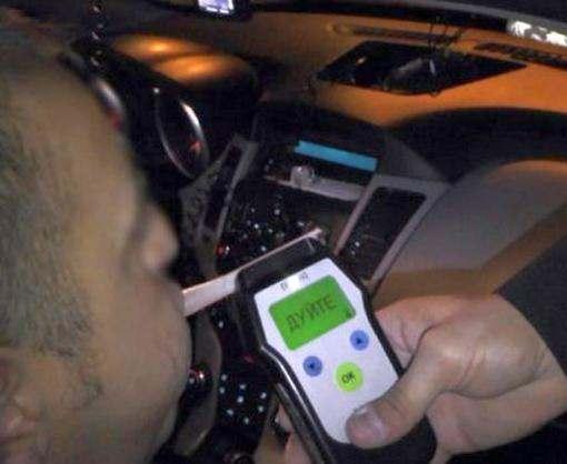 За одну ночь водитель дважды попался пьяным за рулем