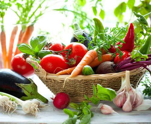 Как распознать тайного врага на глаз: о вреде ранних овощей