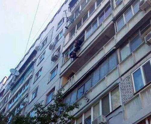 Харьковчанину не дали прыгнуть с седьмого этажа
