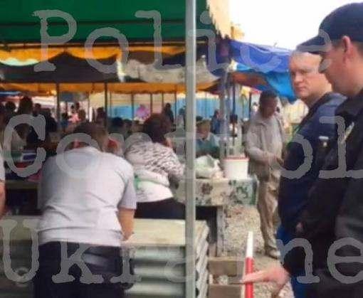 Стрельба на харьковском рынке: в полиции разбираются