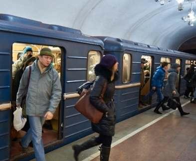 Харьковский метрополитен перешел на летний график
