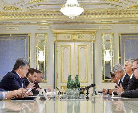 Швейцария введет безвизовый режим для Украины вместе с ЕС