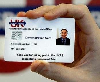 Украинцам с пропиской на оккупированных территориях биометрические паспорта будут выдавать после спецпроверки