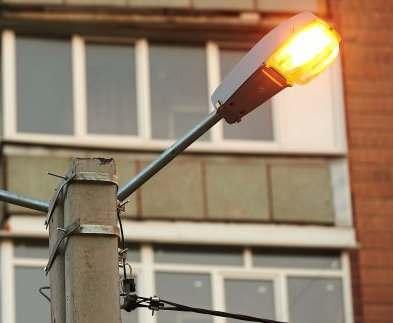 В Харькове продолжают замену уличного освещения