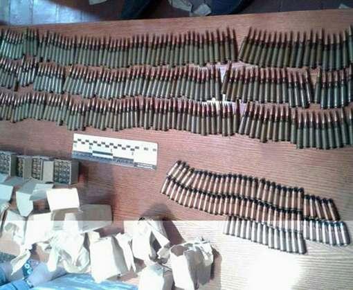У бывшего правоохранителя в доме нашли полтысячи патронов
