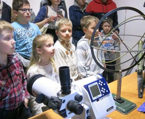 Электронный микроскоп в «ЛандауЦентре»