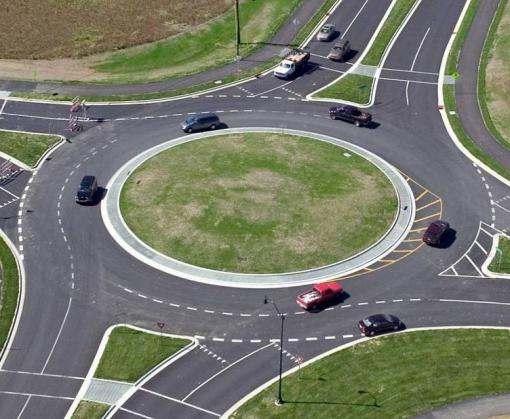 «Укравтодор» заставит водителей снижать скорость на въездах в населенные пункты