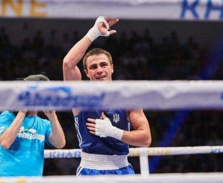 Харьковчанин вышел в полуфинал Чемпионата Европы по боксу