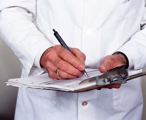 Нардеп предложил ввести обязательную страховую медицину за счет работодателя