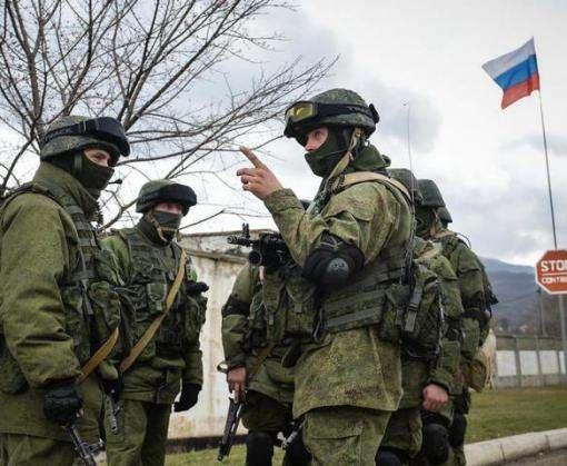 Россия разворачивает войска у восточной границы Украины