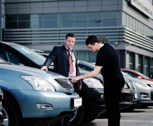Продажи новых автомобилей в Украине выросли на треть
