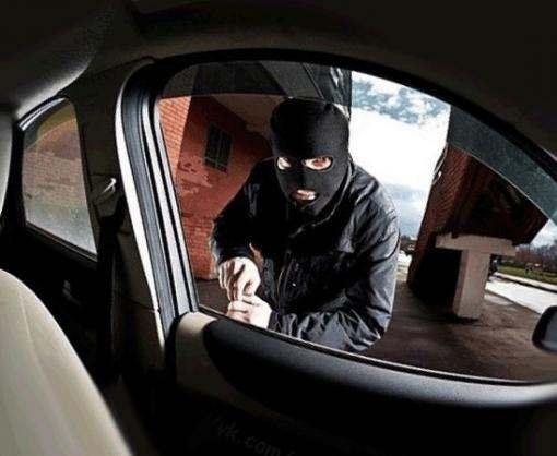 Харьковчанин угнал автомобиль из Полтавы