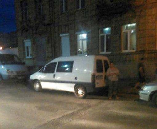 Женщина и ребенок остановили пьяного угонщика в Харькове
