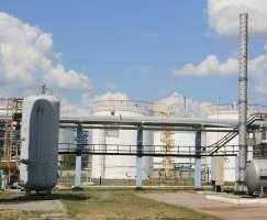 В Харьковскую область привезут на переработку азербайджанскую нефть