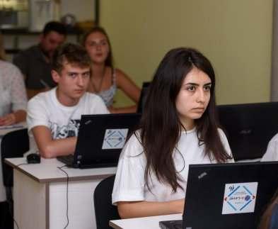 Харьковские школьники презентовали работы в рамках IT-проекта
